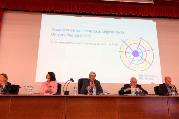 El Claustro de la Universidad de Alcalá reelige al Defensor del Universitario